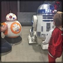 Ottawa Comiccon Ottawa Comiccon 501st Legion Star Wars BB8 R2D2 Life Size