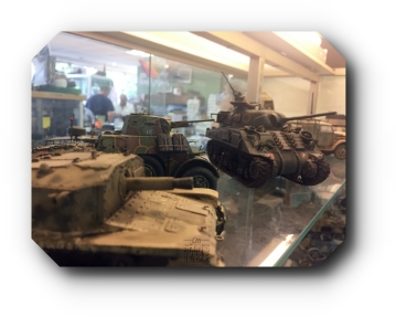 Hornet Hobbies Model Shelf Sherman