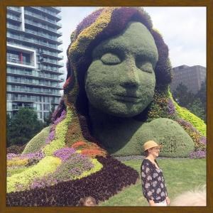 MosaiCanada Canada 150 Birthday Topiary