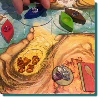 Niagara Board Game Gem Theft