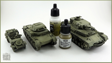 Vallejo DAK Airbrush Paint Set Primer